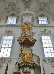 Kanzel am Pfeiler des Stephanus-Seitenaltars