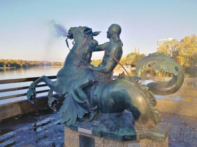 Meergott/Triton-Brunnen am Wöhrder See