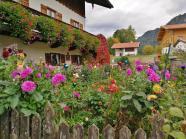 Bezaubernder Bauerngarten in Neuhaus am Südrand des Schliersees
