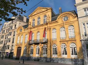 "Kunstmuseum am Marktplatz ""Kouter"""
