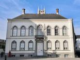 Das Bischöfliche Palais hintter der Sint Baafskathedraal