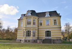 Rückseite der Villa Erckens, in der das Museum der Niederrheinischen Seele beheimatet ist
