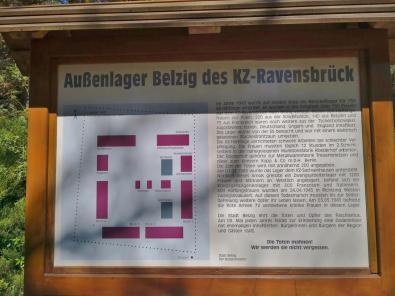 Gedenktafel am ehemaligen Außenlager des KZ-Ravensbrück