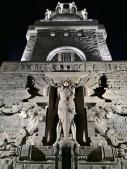 Am Völkerschlachtdenkmal