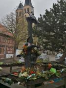 Denkmal vor der St. Blasii-Kirche