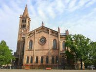 Katholische St. Peter und Paul Propsteikirche am Bassinplatz