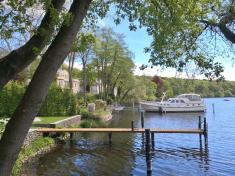 Prächige Villen mit eigenem Bootsanlager am Griebnitz See