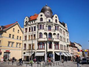 Prächtiges historisches Wohn- und Geschäftshaus im Zentrum: Das Hansahaus am Wielandplatz