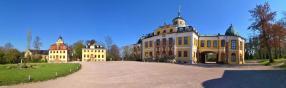 Panorama vom Schlossvorplatz
