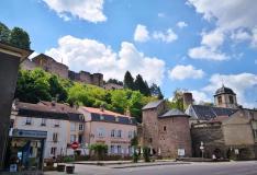 Platz in Sierck-les-Bains unterhalb der Burg