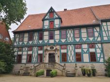 Prächtiges mittelalterliches Herrenhaus an der Keßlerstraße