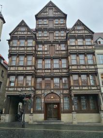 Das 1598 am Marktplatz errichtete Wedekindhaus des Kaufmanns Hans Storre