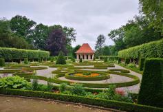 Barockgarten vor dem Schloss