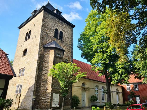 Kirche St. Marien an der Schlssstraße neben dem Schloss