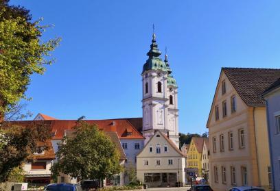 Die Stiftskirche St. Peter in der Altstadt