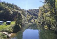 Blick von der Donaubrücke auf den Fluss in Thiergarten