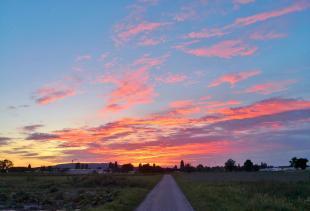 Sonnenuntergang über der Insel