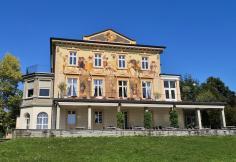 Historische Villa am See