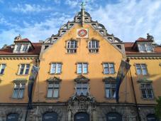 Stadtbücherei und Kunstmuseum am Bahnhofplatz