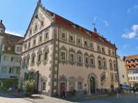 Das frühere Lederhaus, heute Sitz der Tourist-Info