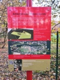 Hinweistafeln am Römerwanderweg rund um das frühere Militärlager