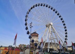 Riesenrad in der Altstadt