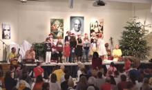 """Der Yoga-Vidya-Kinderchor singt """"Stille Nacht, heilige Nacht"""""""