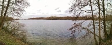 Blick vom Südrand des Unterbacher Sees