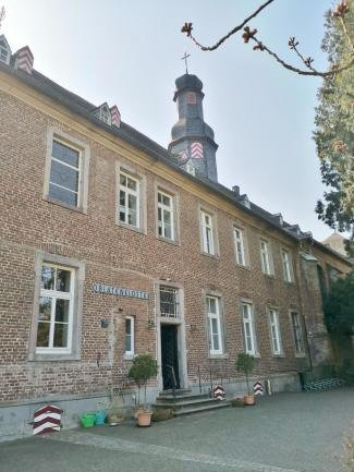 Hauptgebäude des Nikolausklosters