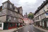 Blick in die historische Hauptstraße