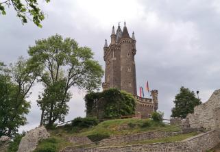 Der 1875 errichtete Wilhelmsturm, das Wahrzeichen von Dillenburg