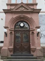 Portal am ehemaligen Post- und Telegrafenamt