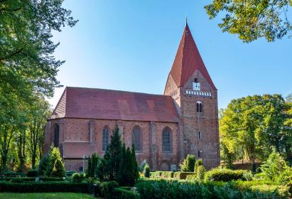 Kirche in Kirchdorf (Foto chrisaliv | http://commons.wikimedia.org | Lizenz: CC BY-SA 3.0 DE)