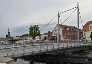 Die Drehbrücke im geschlossenen Zustand