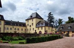 Innenhof von Schloss Schmidtheim (Foto Langenbergstefan | http://commons.wikimedia.org | Lizenz: CC BY-SA 3.0 DE)