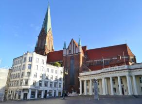 Blick zum Dom vom Markt aus