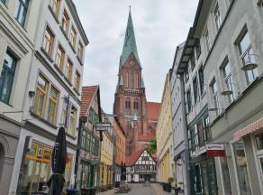 Blick zum Dom durch die Bruchstraße
