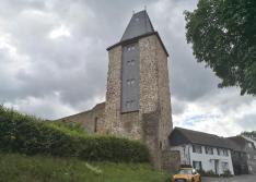 Der Grabenturm am Nordrand der Altstadt von Blankenberg