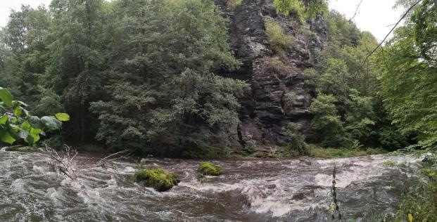 Panoramabild von einer besonders wilden Stelle des Tals