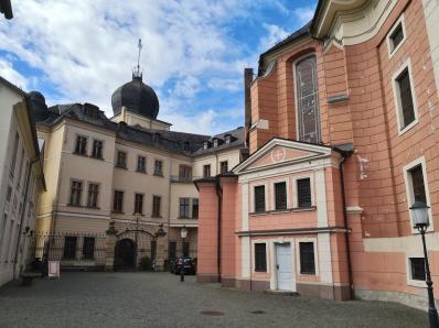Innenhof zwischen Unterem Schloss und Marienkirche