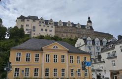 Blick von der Altstadt zum Oberen Schloss
