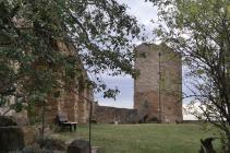 Ruine des Bergfrieds der Gleichenburg