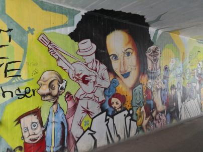 Streetart in der Bahnhofsunterführung an der Saale