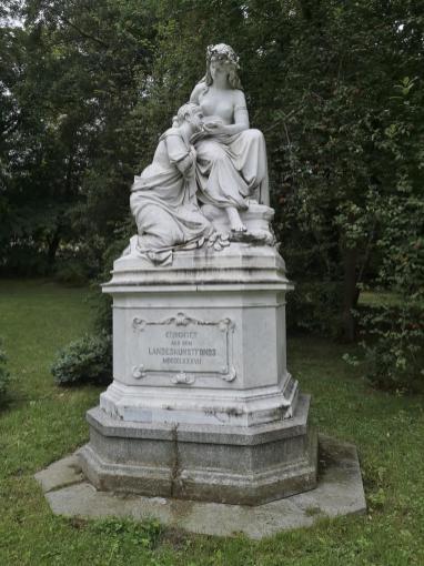 Hygeia-Skulptur im Albertpark von 1887