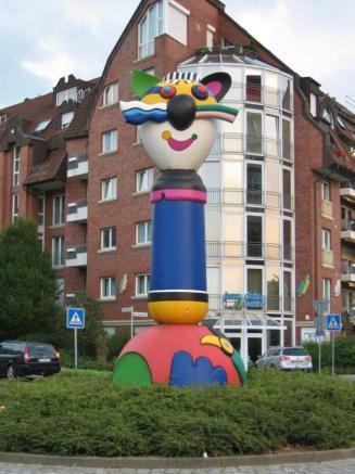 Der Turmkater von Otmar Alt (Foto Michael Reschke | http://commons.wikimedia.org | GNU-Lizenz für freie Dokumentation)