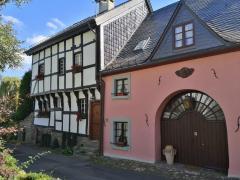 Torwächterhaus aus dem Jahr 1600 auf der Burg Wildenburg