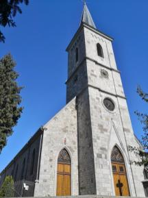 Die St. Nikolaus-Pfarrkiche von Raeren