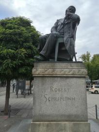 Robert-Schumann-Denkmal am Hauptmarkt