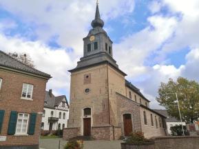 Kirche am höchsten Punkt von Wickrathberg