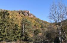 Auf dem Rückweg: Blick hinauf zur Burg Nideggen
